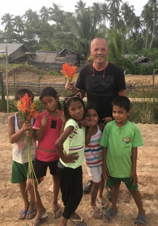 Quoi de plus naturel ... les enfants m'ont ramassé des fleurs ...