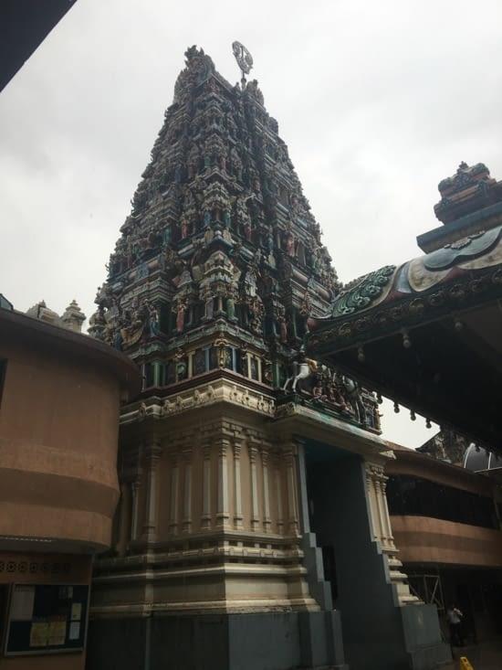 Le temple Indouiste «Sri Mahamariamman» dans le quartier Little India «Lebuh Ampang»