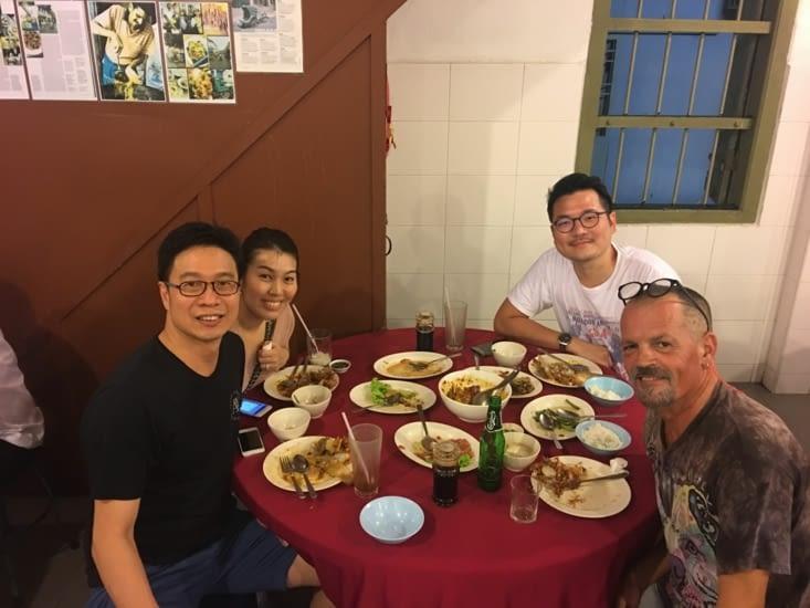 Chen m'a invité dans le meilleur restaurant Chinois de Georges Town :