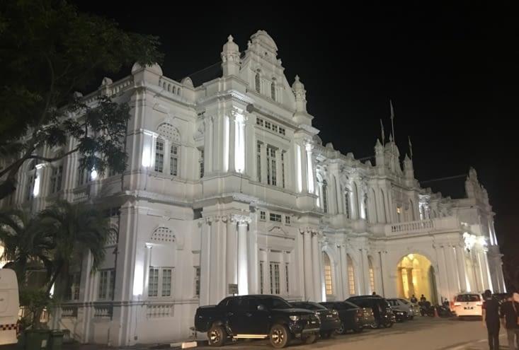 L'Architecture de Penang sont les restes de colonisation Anglaise ... superbe !