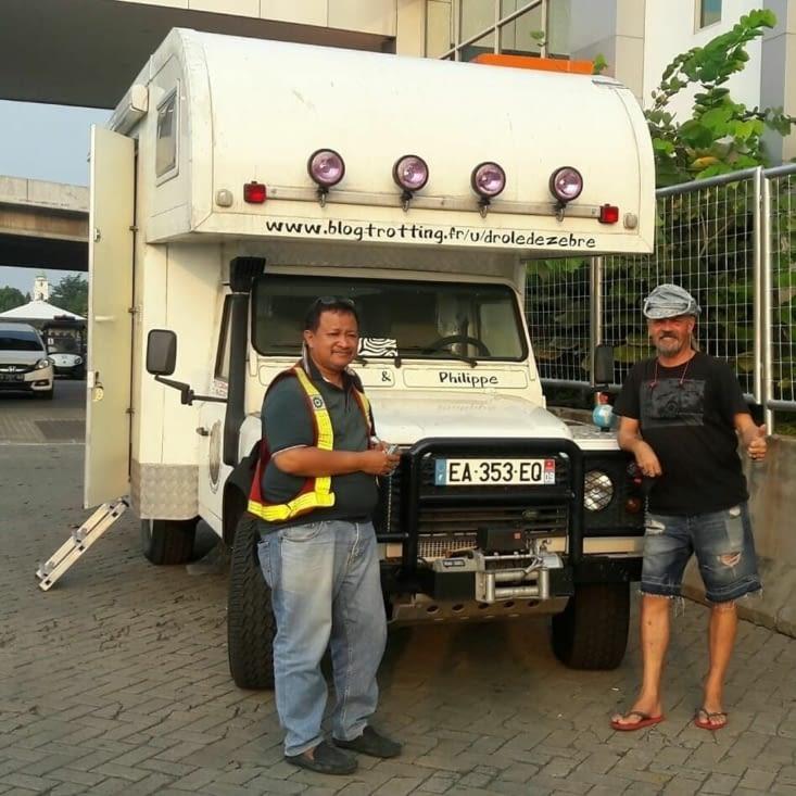 Dennis ... qui s'est occupé du transfert du Camper : KL - Jakarta