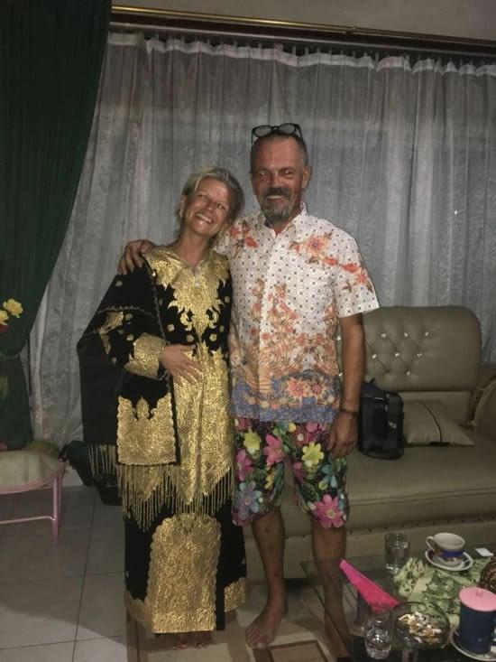 Tenue traditionnelle de mariage pour Eva ...