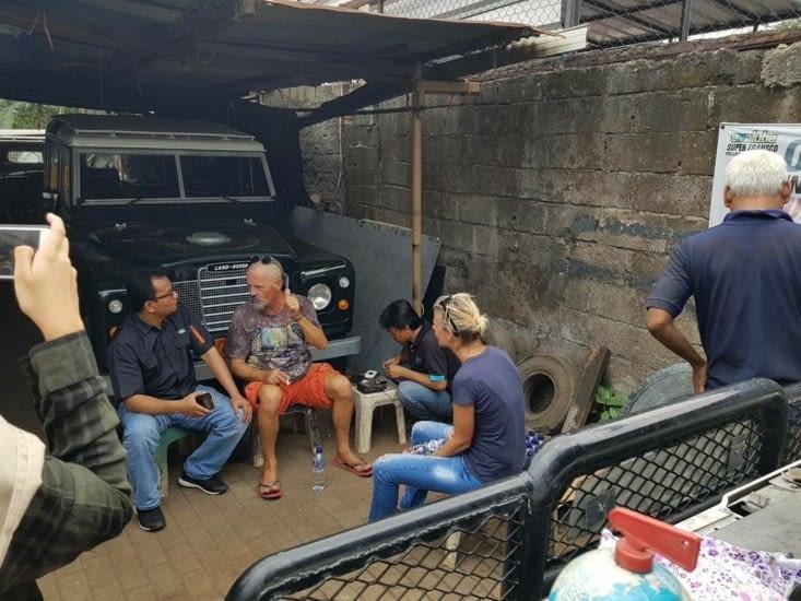 Révision complète de notre Zebramobile chez Dwiko, devenu notre ami depuis