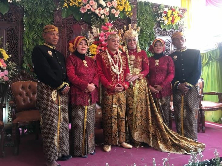 Invitation inopinée à un mariage Javanais