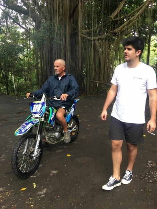 La moto ... un essai pas très concluant pour Philippe ..,