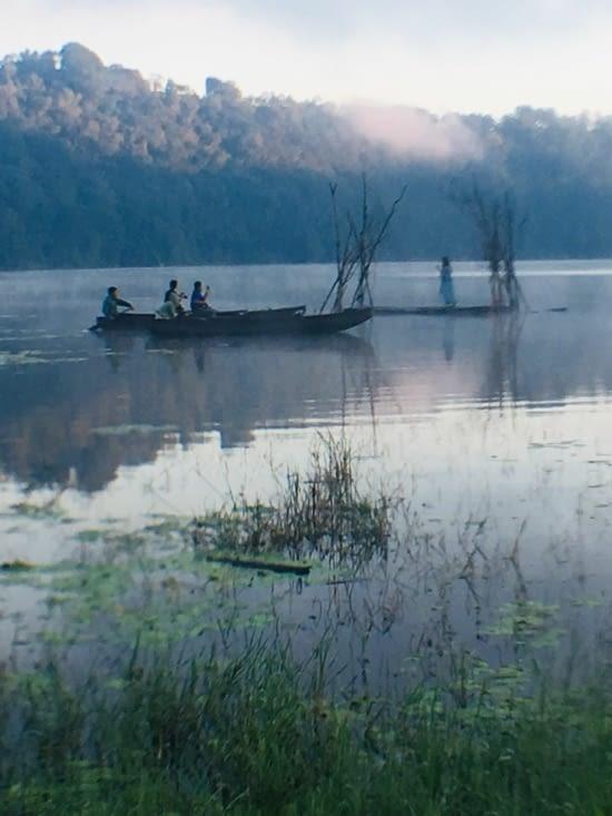 Le lac Danau Buyan au centre nord de Bali