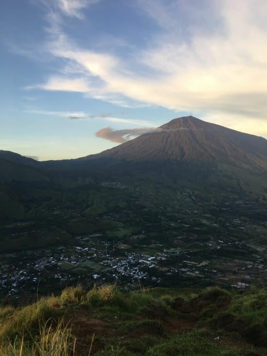 Le mont Rinjani (Volcan du centre de Lombok)