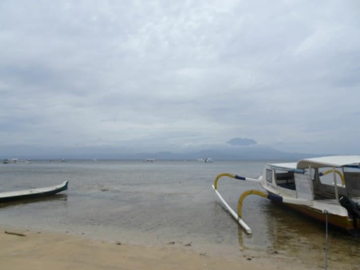 Vue sur l'île de NUSA PENIDA