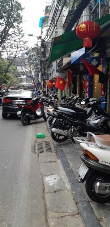 Hanoi contient 5 millions de motos pour 8 millions d'habitants !