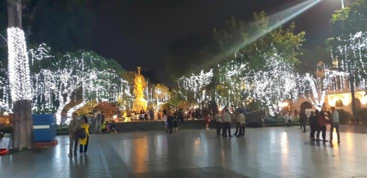 La ville est décorée pour le nouvel an