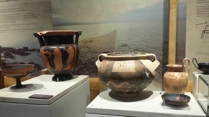 Toutes sortes d amphores et vases en céramique pour le commerce de toute la méditerranée