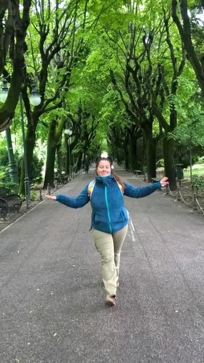 Ballade au Parc Cismigiu après avoir marché jusqu'au mémorial de l'holocauste