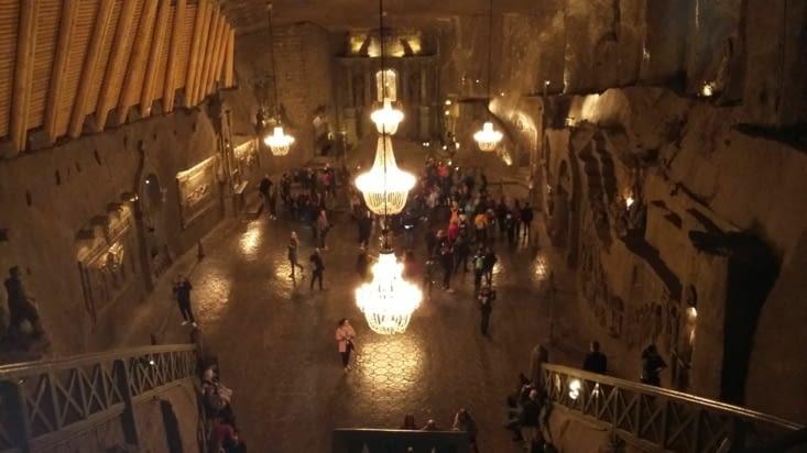 Ce sont des immenses chambres qui vivent en tant que lieu de culte, salle de spectacle,