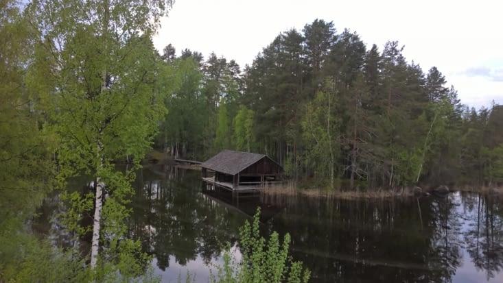 mais pas n'importe quels lacs: ceux qui gèlent plus de 6 mois/an et se découvrent pour