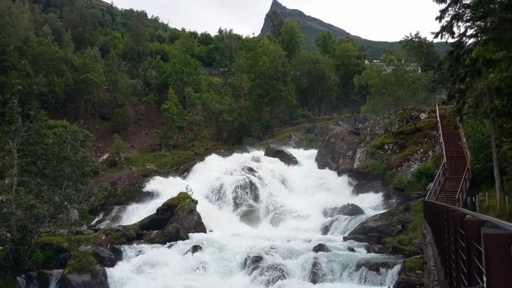 cascade du fjord Geiranger