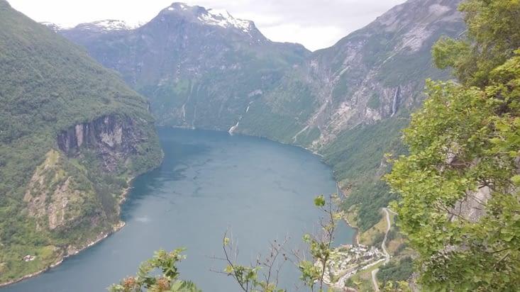 fjord Geiranger vu de haut....