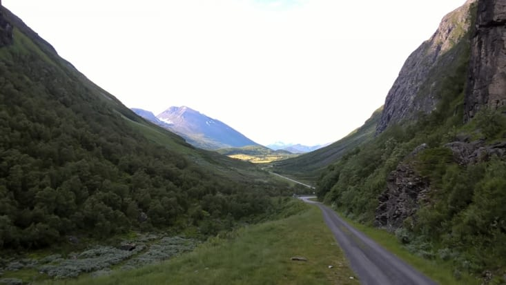 première nuit de fraîcheur en haut des montagnes du Fjord Geiranger