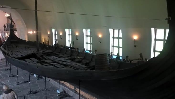 Détour par le musée des Vikings à Oslo: ces guerriers organisés et artistes enterraient