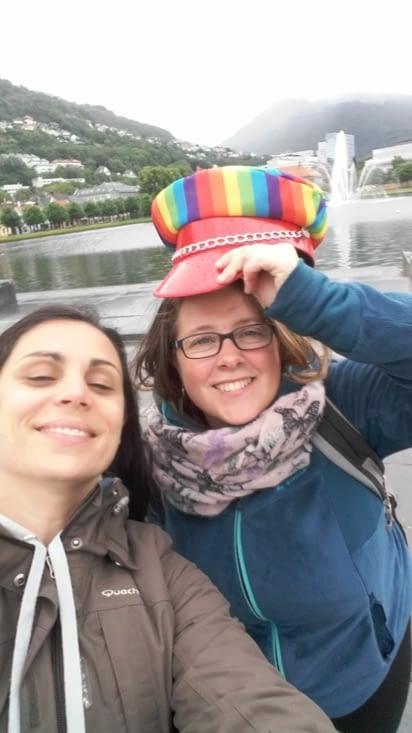 Et nous on trouve un beau chapeau dans les rues...