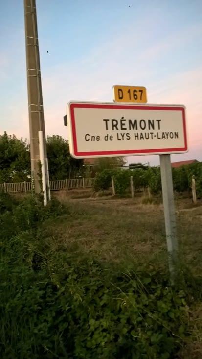 1er bivouac à 40 bornes de La Tortière, réveil à l'aube direction Saumur