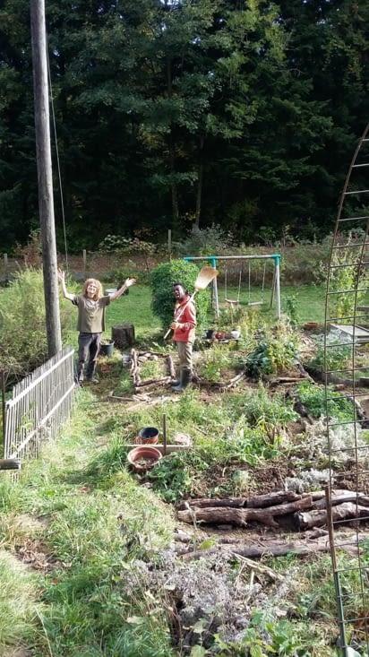 Prendre soin du jardin en terrasse, et ses dalles n'est ce pas ? !! Ps pelouses interdites
