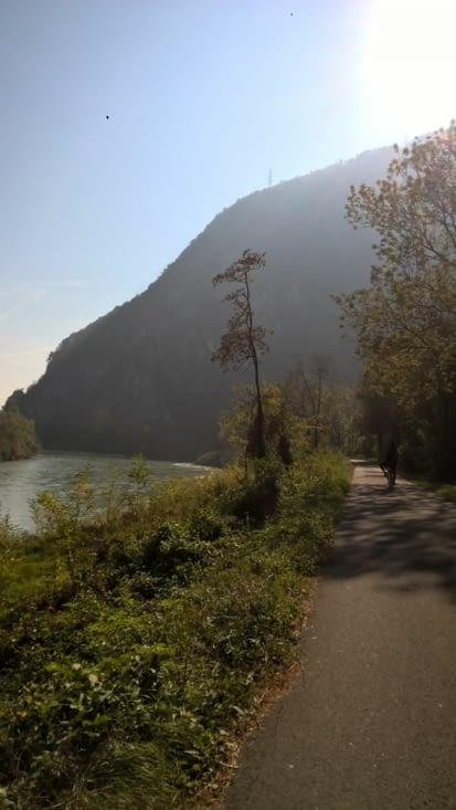 tour de vélo vers Martigny, le long du Rhône