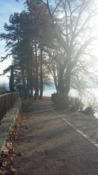 On continue en vélo: autour du lac d'Annecy