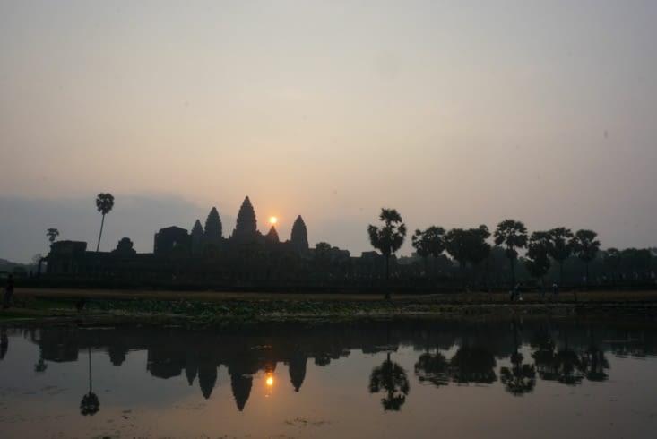 Levé de soleil sur Angkor Wat