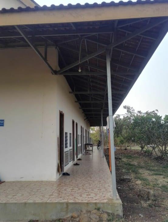 Bâtiment avec les chambres