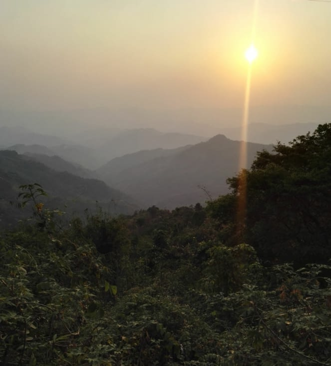 Coucher de soleil à Phongsaly