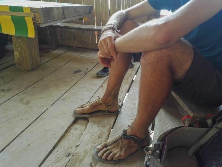 Les pieds un peu sales!