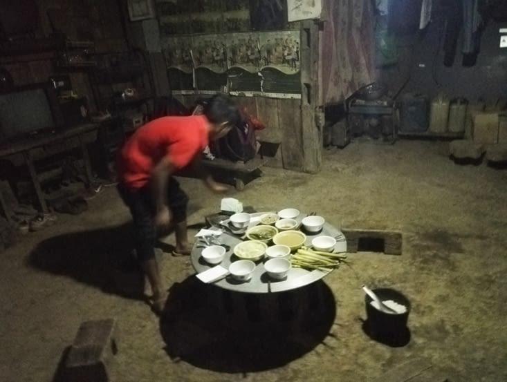 Table - panier de riz -  bancs