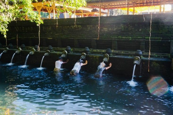 Rituel de purification - Tirta Empul temple