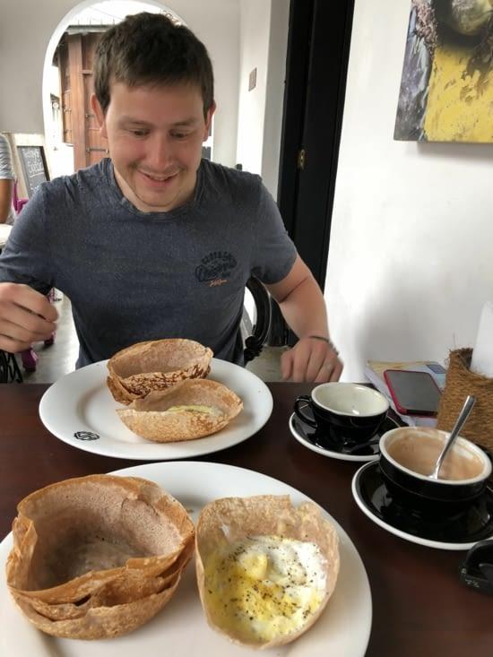 Petit déjeuner : Egg Hooper, un excellent souvenir gustatif.