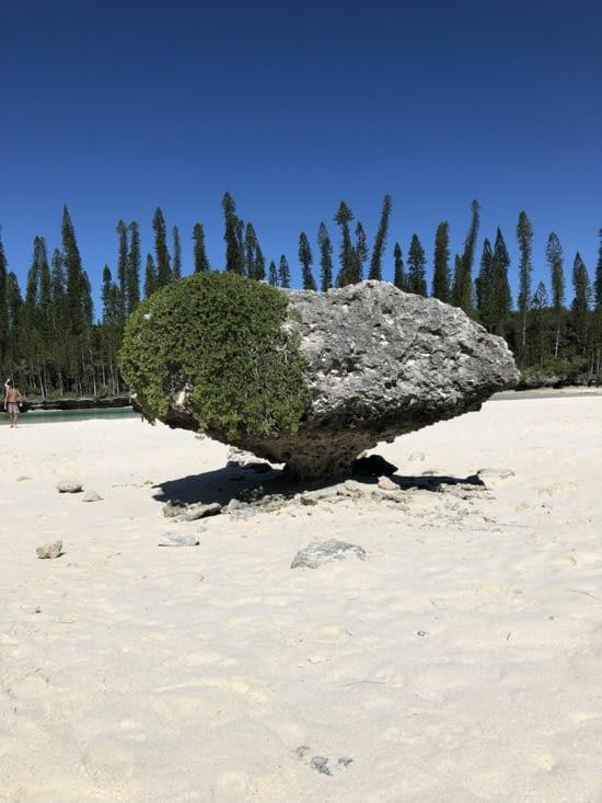 Un rocher en forme de coeur à la piscine naturelle d'Oro