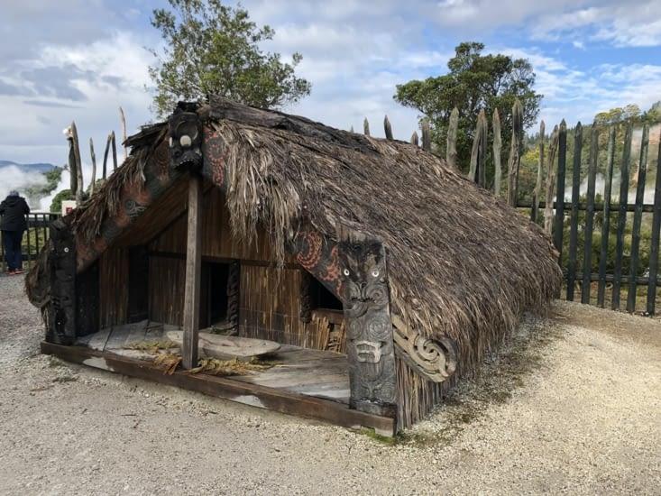 Reconstitution d'un village maori