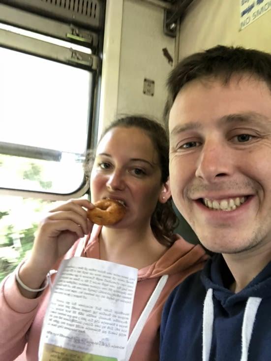 Pause dégustation de produits locaux dans le train