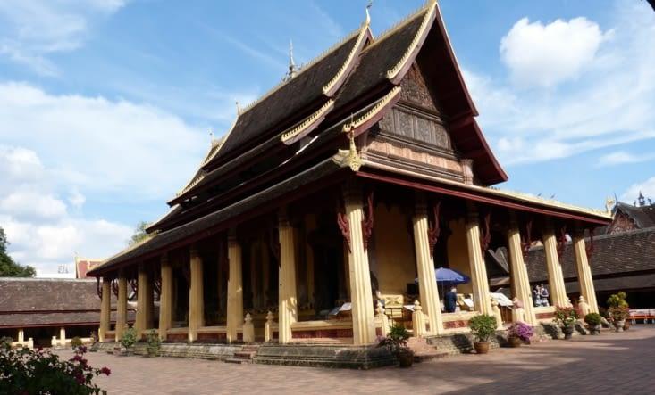 Vientiane est constellée de pagodes. Souvent elles ont été détruites par les envahisseurs