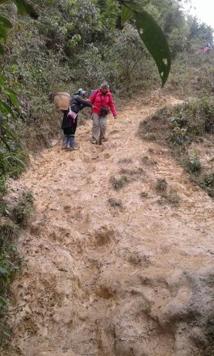 jour 3 ,et encore la boue qui rentre parfois dans les chaussures.