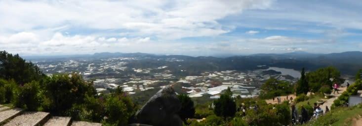 vue de la vallée depuis le sommet des Liang Biang mountains à 2600m