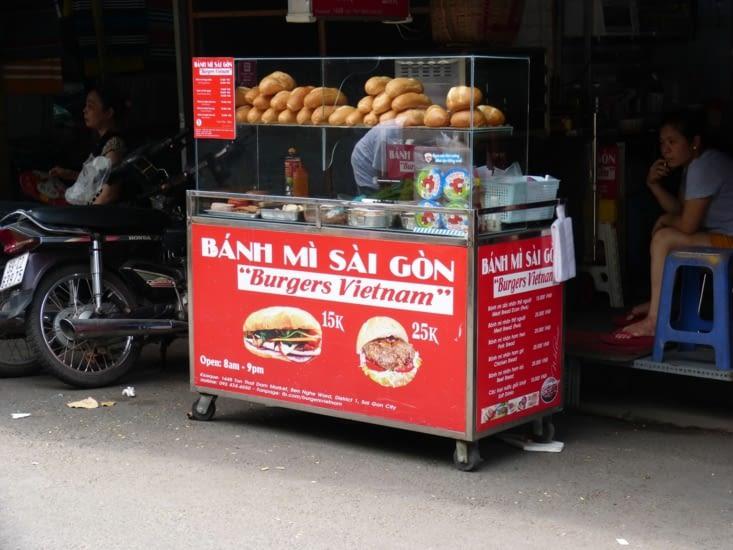 les petits stands de sandwich avec baguette