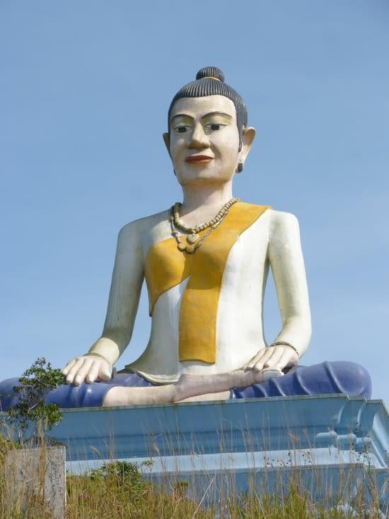 la déesse Lok Yeay qui surveille avec bienveillance les pêcheurs et