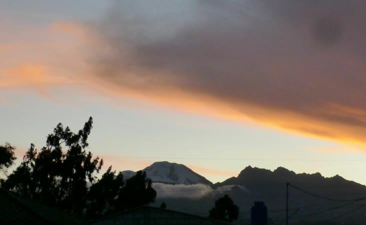 Le Chimborazo, volcan le plus haut d'Equateur à 6300m . Certains disent que c'est
