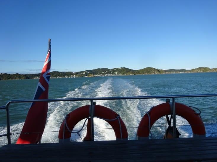 Petit tour en bateau pour y aller