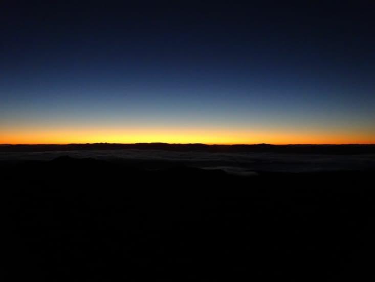 La lumière avant le levé de soleil ..