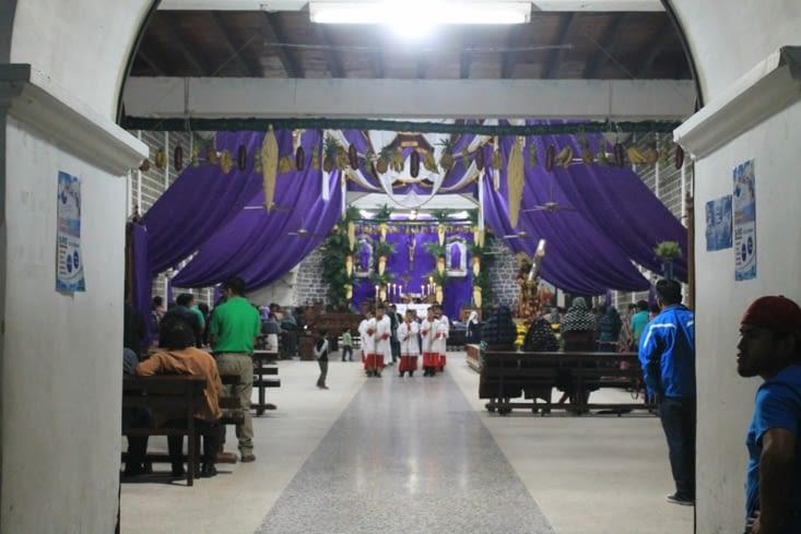 Intérieur  de l église de San Pedro