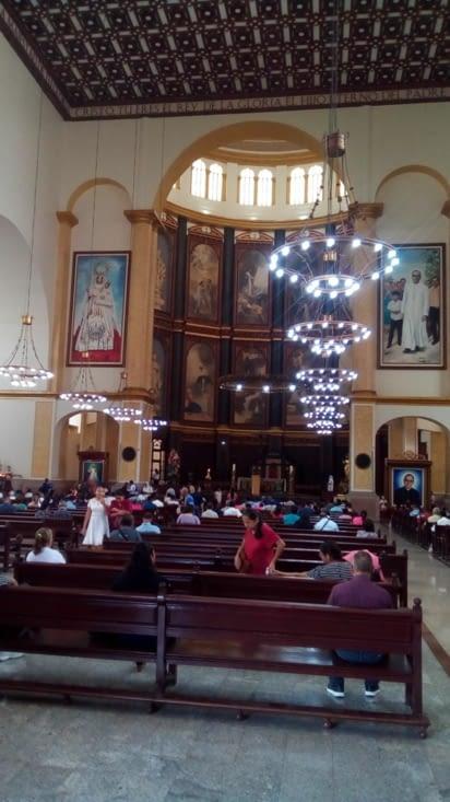 Intérieur de l église