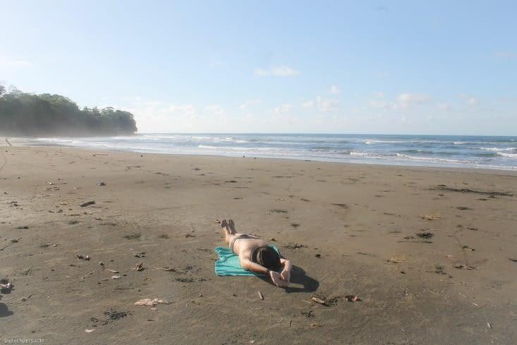 Cahuata playa negra