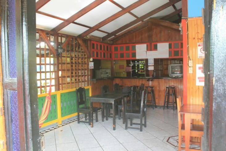 La cuisine  commune de l hostal