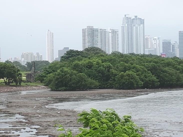 Quelques ruines de Panama  Viejo